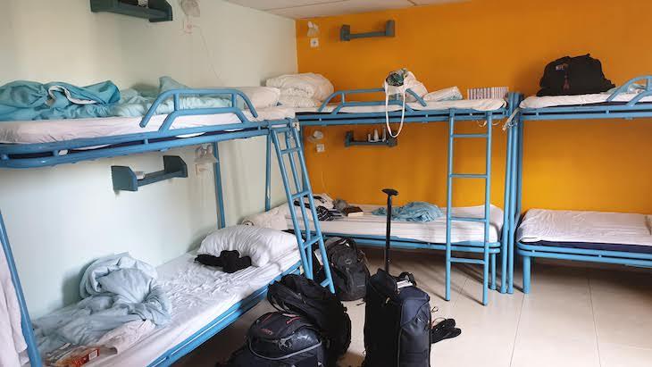 Dormitório feminino do Abraham Hostel Jerusalém - Israel © Viaje Comigo