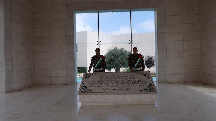 Mausoléu de Yasser Arafat em Ramallah - Palestina © Viaje Comigo