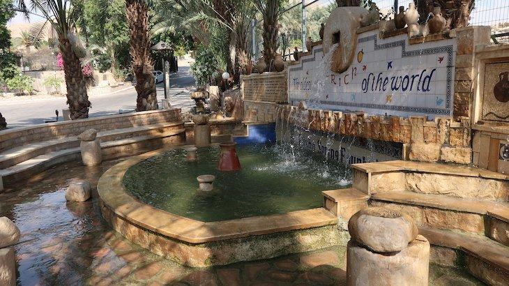 Fonte de Eliseu - Jericó: a Cidade Mais Antiga do Mundo - Palestina © Viaje Comigo