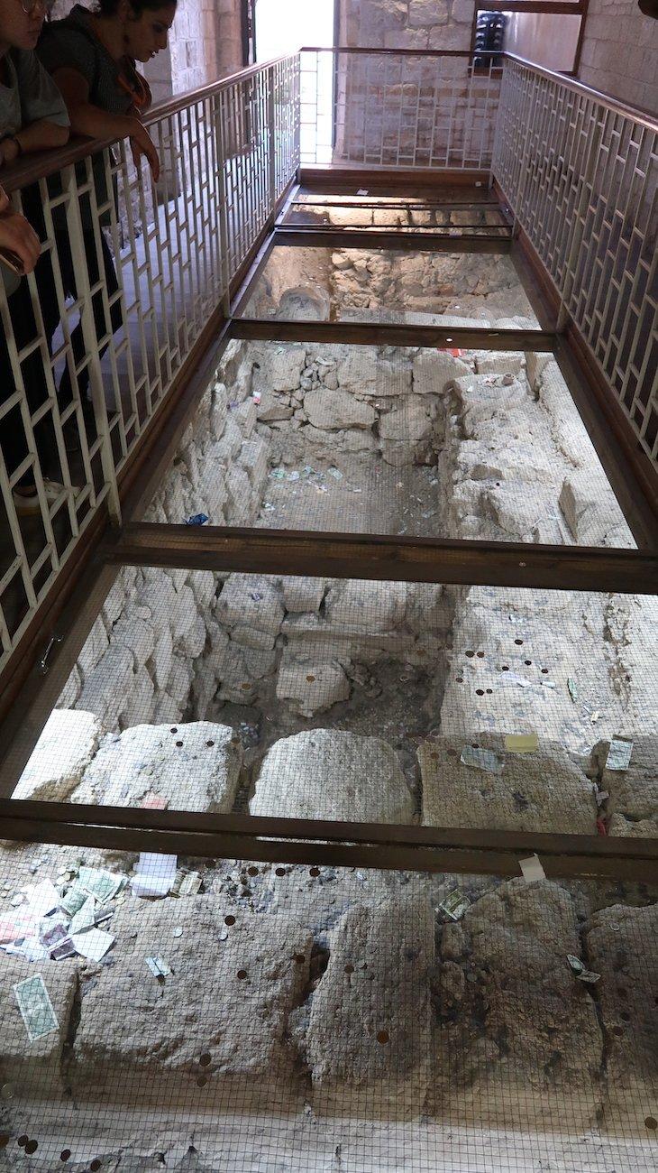 Vestígios da Igreja de Caná - Galileia - Israel © Viaje Comigo