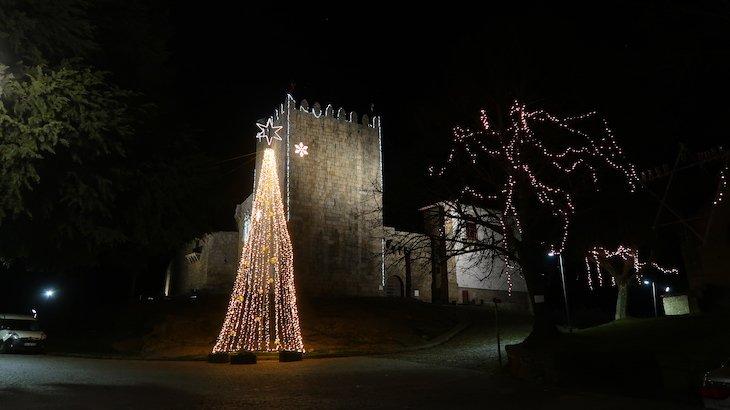 Árvore de Natal no castelo, Belmonte - Aldeias Históricas de Portugal © Viaje Comigo