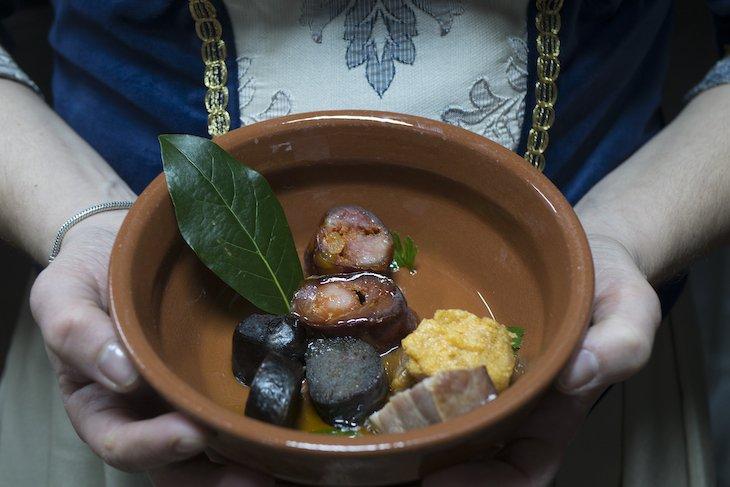 Ciclo 12 em Rede - Aldeias em Festa - Entradas para jantar desastrado em Almeida © Aldeias Históricas de Portugal