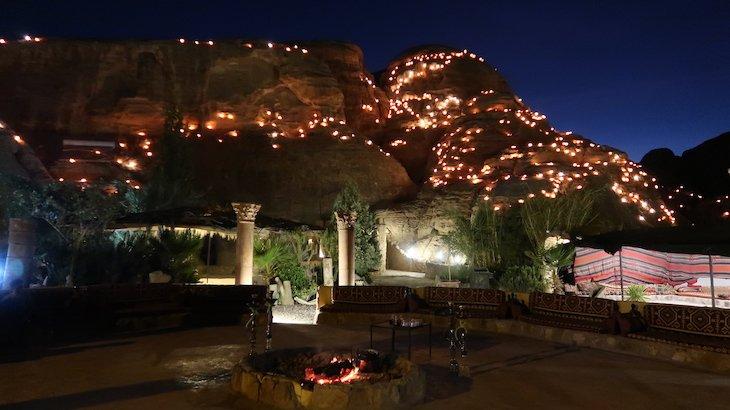 Acampamento de Petra - Jordânia © Viaje Comigo