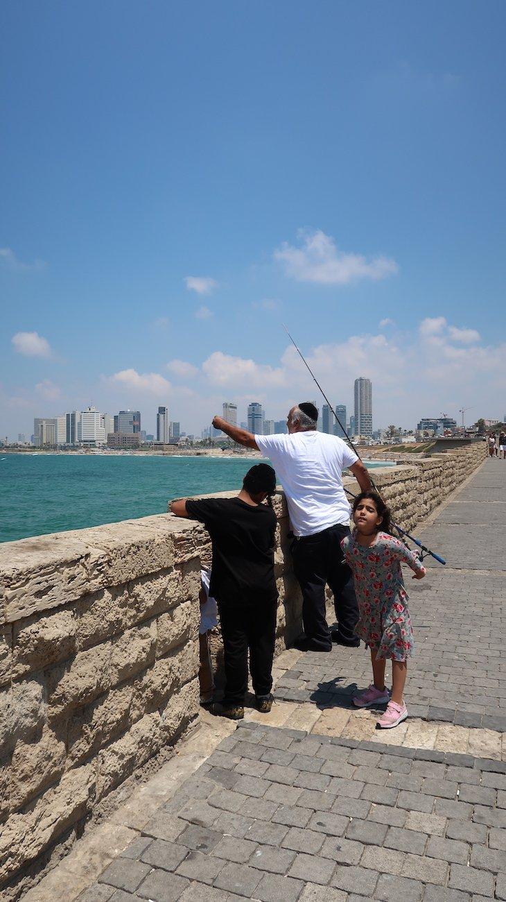 Pescar em Jaffa - Israel © Viaje Comigo