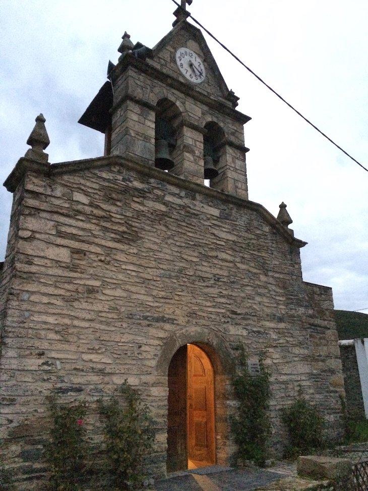 Igreja da Aldeia de Rio de Onor, Bragança © Viaje Comigo