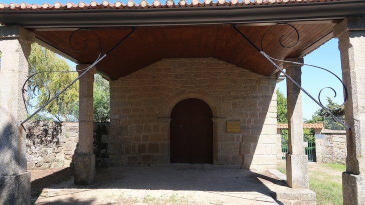 Capela São Sebastião - Vila de Alpedrinha - Fundão - Portugal © Viaje Comigo
