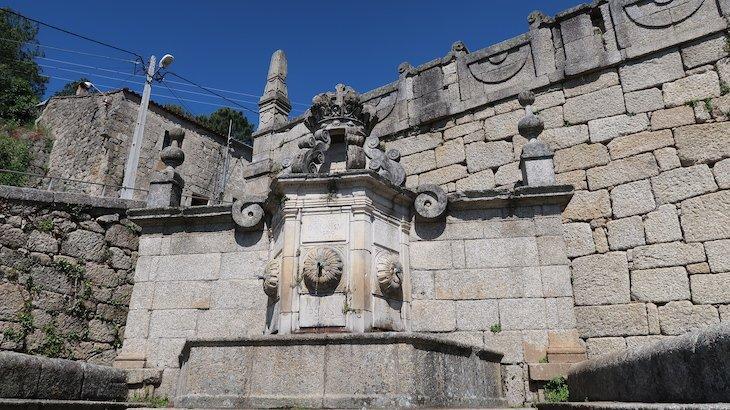 Chafariz D. João V - Vila de Alpedrinha - Fundão - Portugal © Viaje Comigo