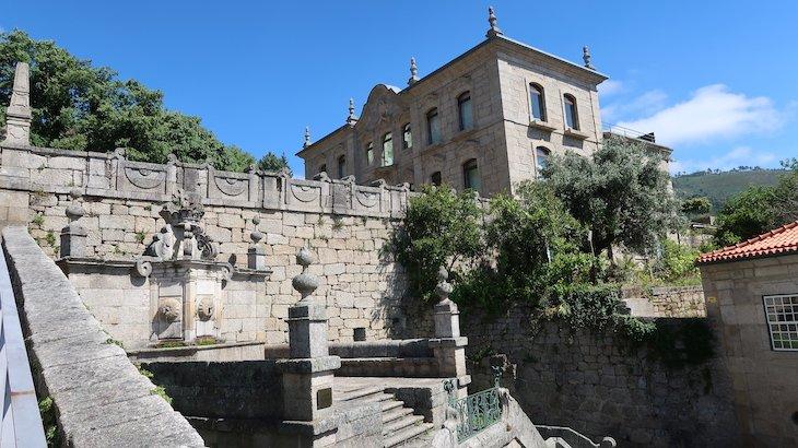 Chafariz e Palácio do Picadeiro - Vila de Alpedrinha - Fundão - Portugal © Viaje Comigo