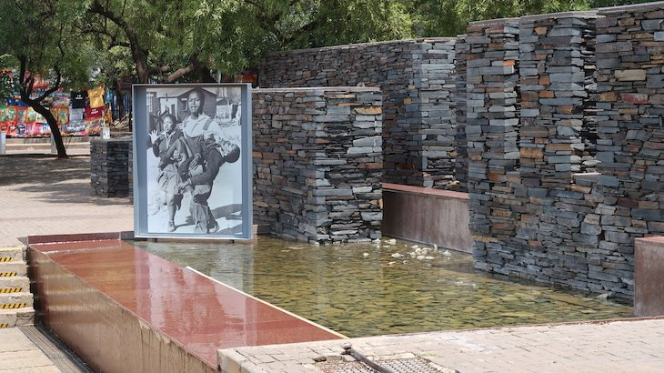 Memorial - Soweto - Joanesburgo - África do Sul © Viaje Comigo