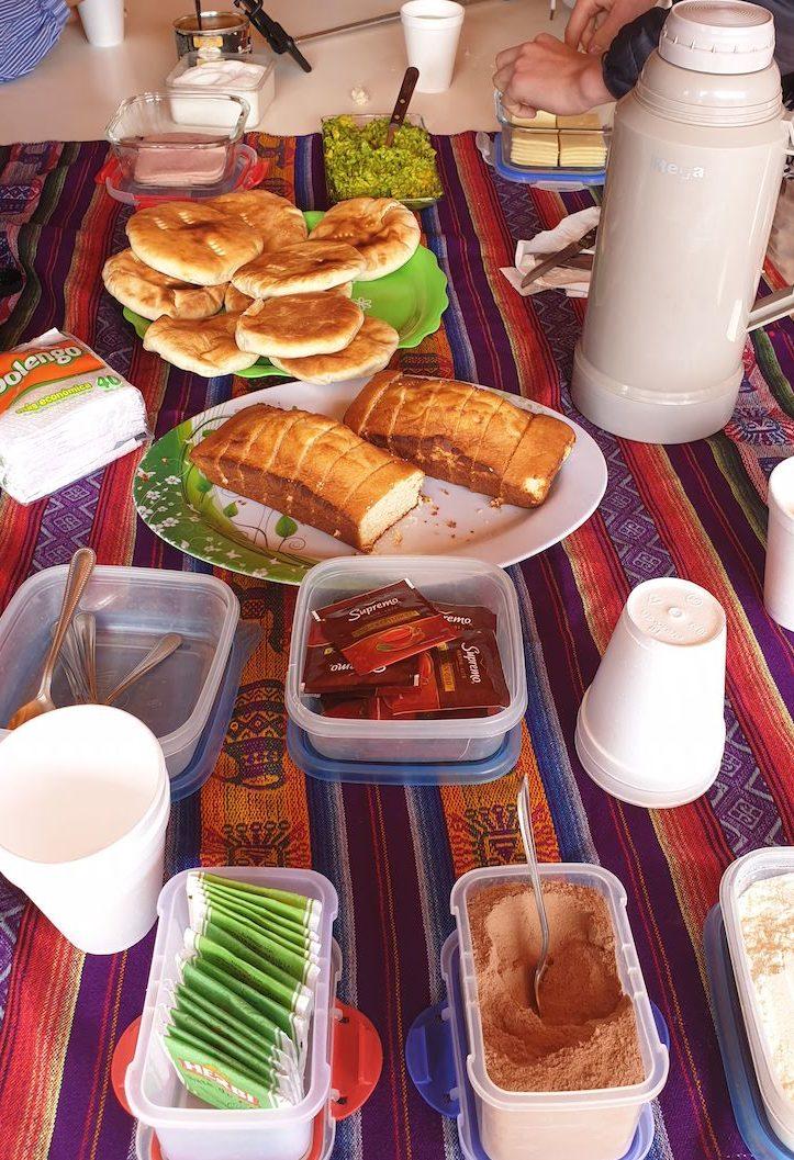 Pequeno-almoço em Yerbas Buenas - Vale do Arco Íris - Deserto no Atacama - Chile © Viaje Comigo