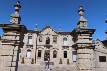 Susana Palacio no Palácio do Picadeiro, Vila de Alpedrinha - Fundão - Portugal © Viaje Comigo