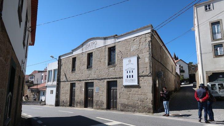 Teatro da Vila de Alpedrinha - Fundão - Portugal © Viaje Comigo
