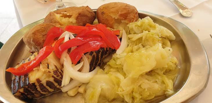 Bacalhau no Restaurante Conde - Pedras Salgadas - Vila Pouca de Aguiar© Viaje Comigo