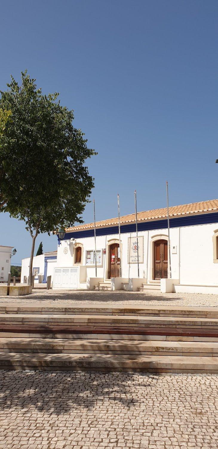 Centro de Querença - Loulé - Algarve © Viaje Comigo