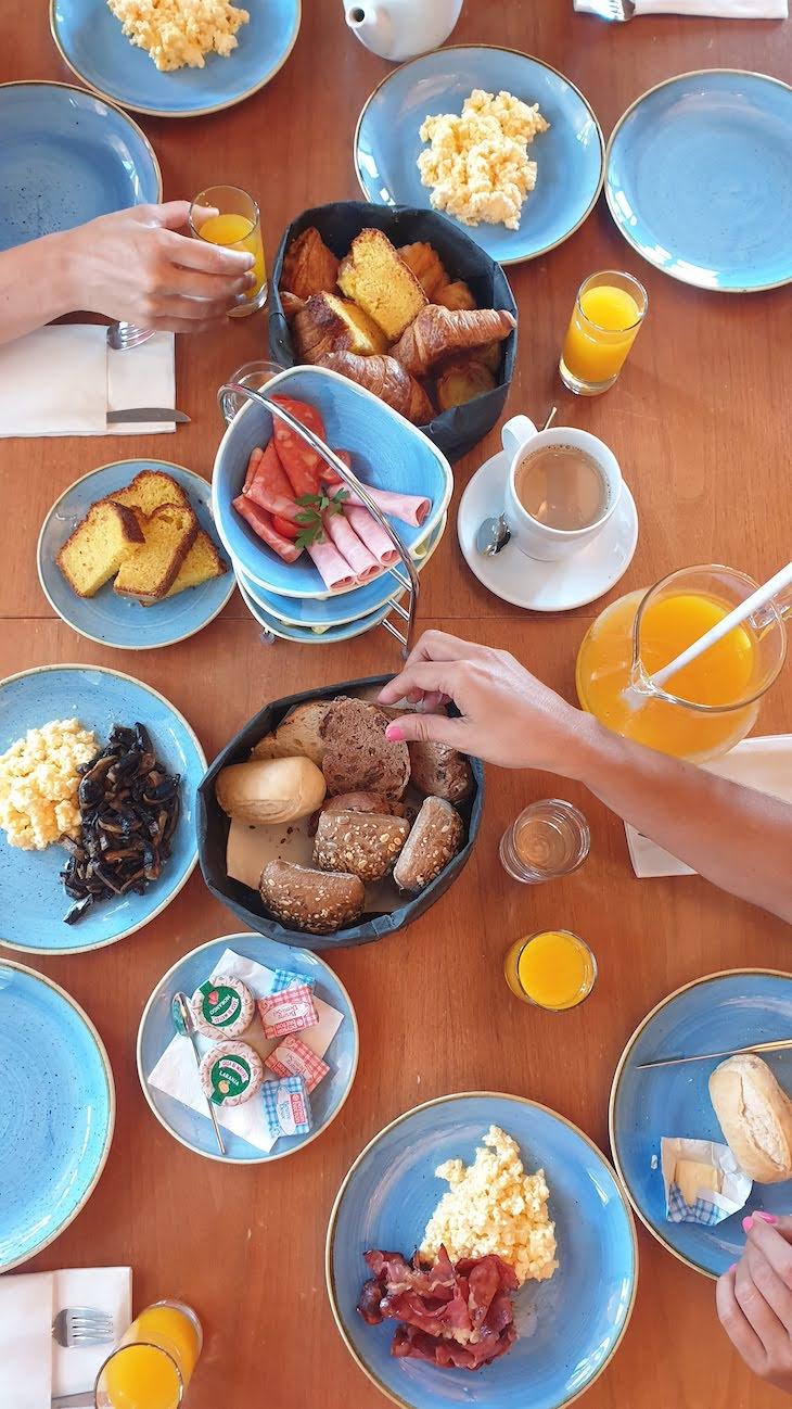 Pequeno-almoço na casa do Vale da Lapa Village Resort - Carvoeiro - Algarve © Viaje Comigo