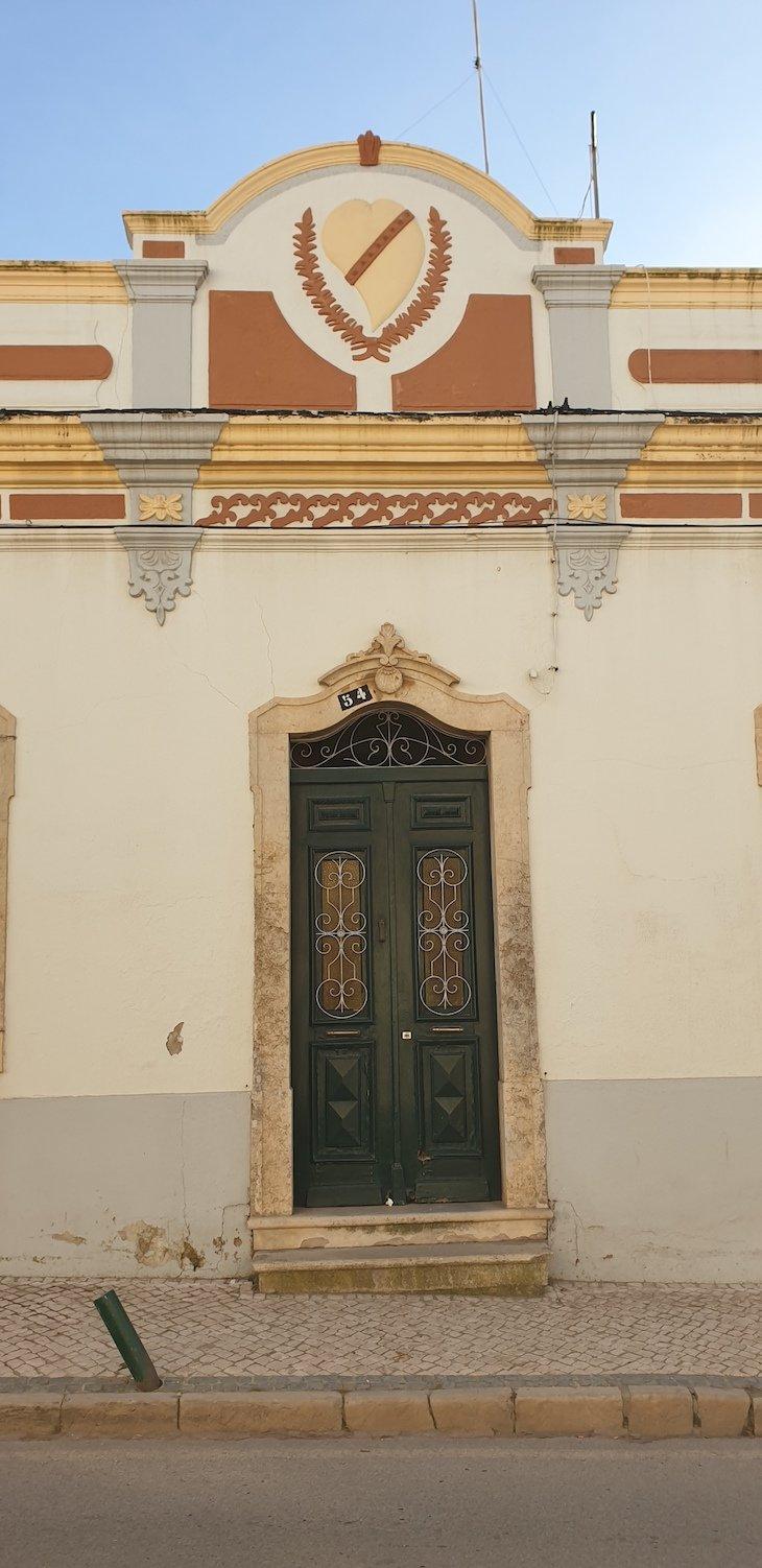 Casas de Estoi com platibanda - Algarve © Viaje Comigo