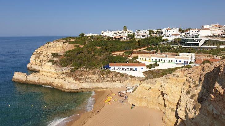 Praia de Benagil - Algarve - Portugal © Viaje Comigo