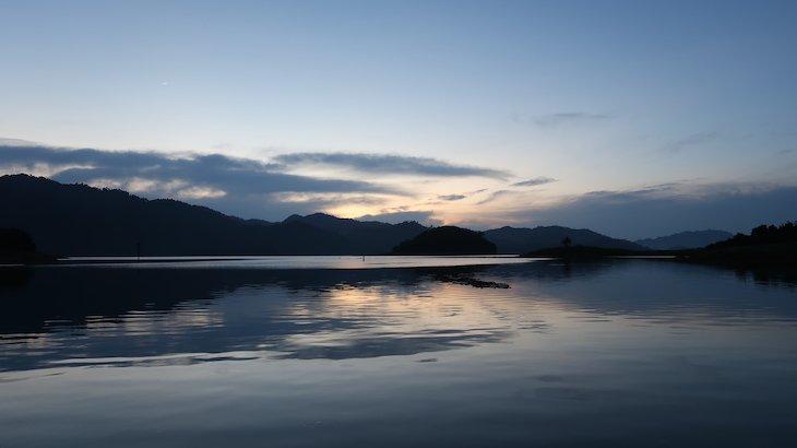 Lago do Khao Sok - Tailândia © Viaje Comigo