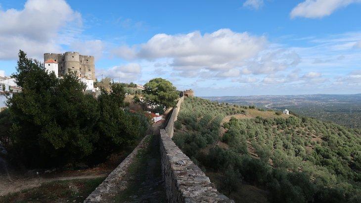 Muralha e Castelo de Evoramonte - Alentejo - Portugal © Viaje Comigo