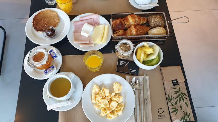 Pequeno-almoço do Hotel The Prime Energize - Monte Gordo - Algarve © Viaje Comigo