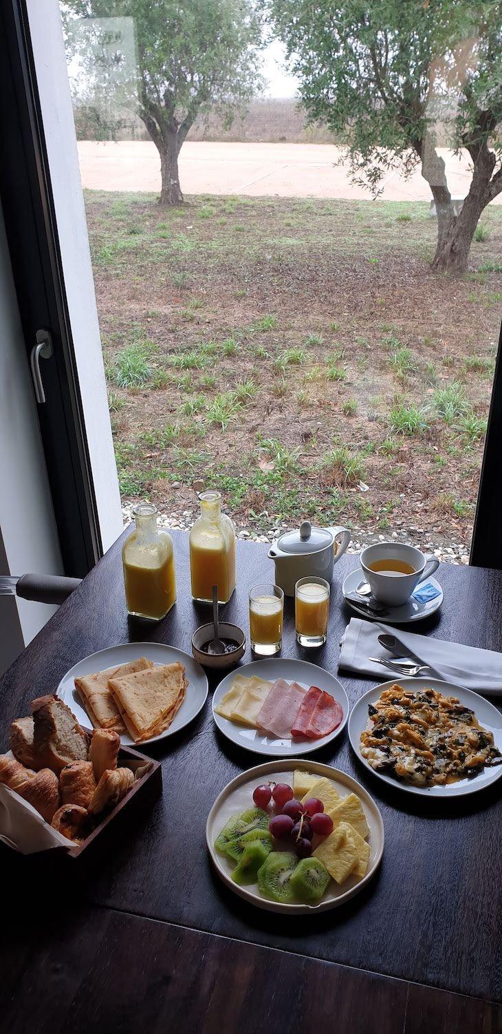 Pequeno-almoço no Torre de Palma Hotel - Monforte - Alentejo - Portugal © Viaje Comigo