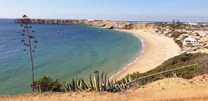 Vista para a Fortaleza de Sagres, da Pousada de Sagres - Algarve - Portugal © Viaje Comigo