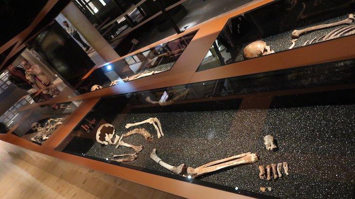 Esqueletos da tripulação do Vasa (Museu) - Estocolmo - Suécia © Viaje Comigo