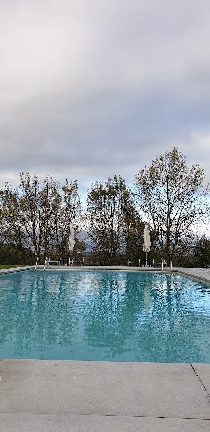 Piscina da Pousada Convento Arraiolos - Alentejo - Portugal © Viaje Comigo