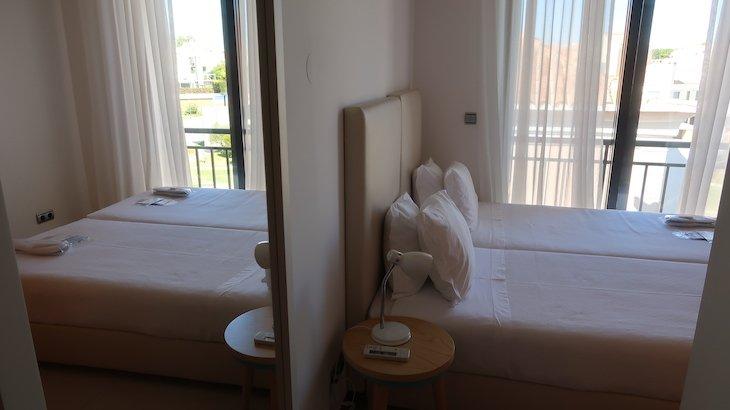 Quarto pequeno na casa no Vale do Lobo Resort - Algarve - Portugal © Viaje Comigo