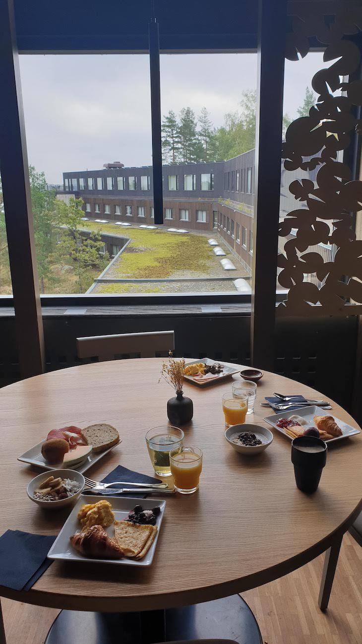 Pequeno-almoço no Hotel Yasuragi - Estocolmo - Suécia © Viaje Comigo