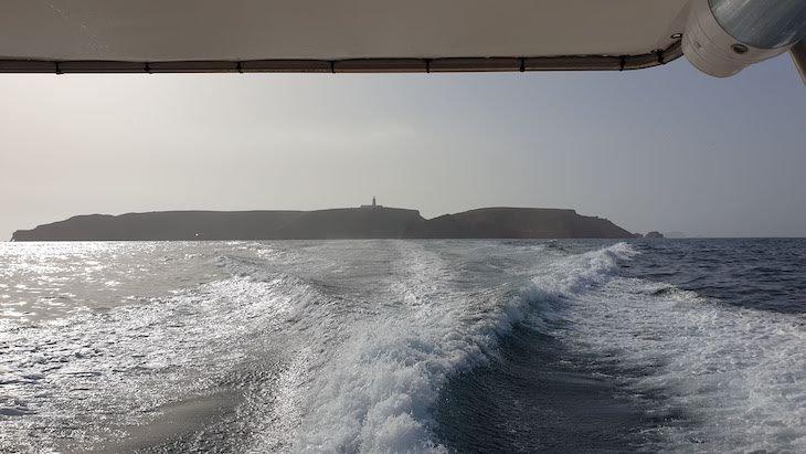 De barco para as Berlengas - Portugal © Viaje Comigo