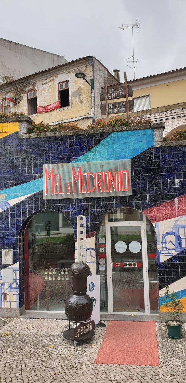 Mel e Medronho em Monchique - Algarve © Viaje Comigo