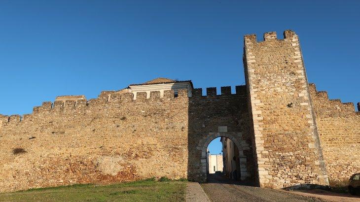 Porta de Santarém, Estremoz - Alentejo - Portugal © Viaje Comigo
