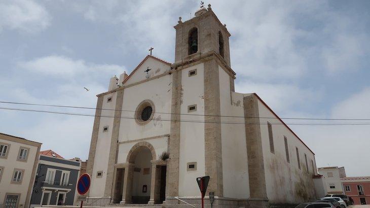 Igreja Matriz de Peniche - Portugal © Viaje Comigo