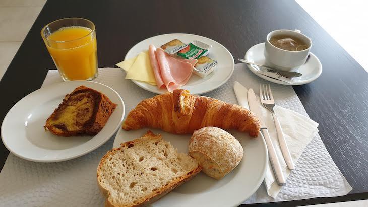 Pequeno-almoço do Hotel D'Alcoutim - Algarve - Portugal © Viaje Comigo