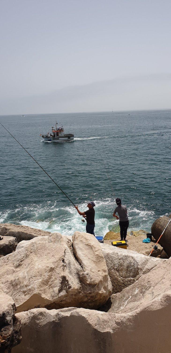 Pescadores em Peniche - Portugal © Viaje Comigo