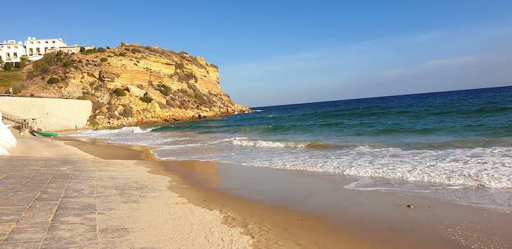 Praia de Burgau, Vila do Bispo - Algarve - Portugal © Viaje Comigo