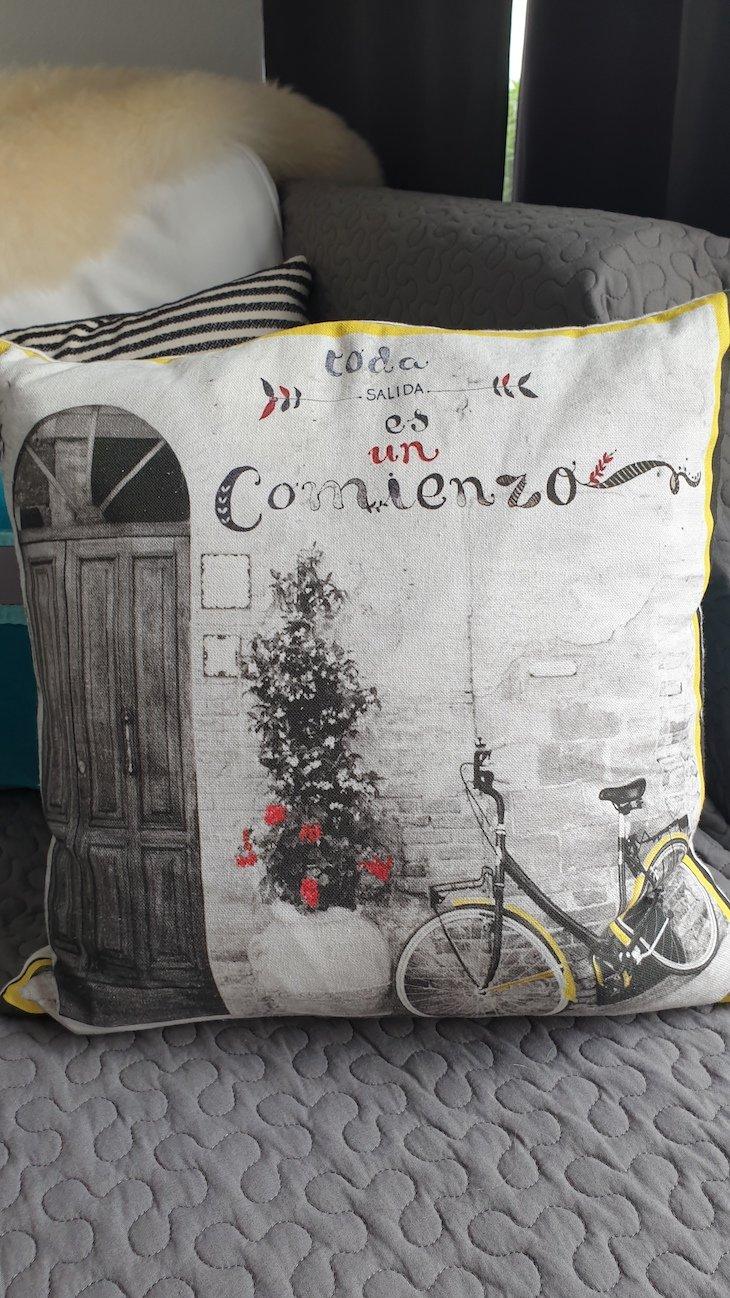Almofada da Maison Citron - Olhão - Algarve © Viaje Comigo