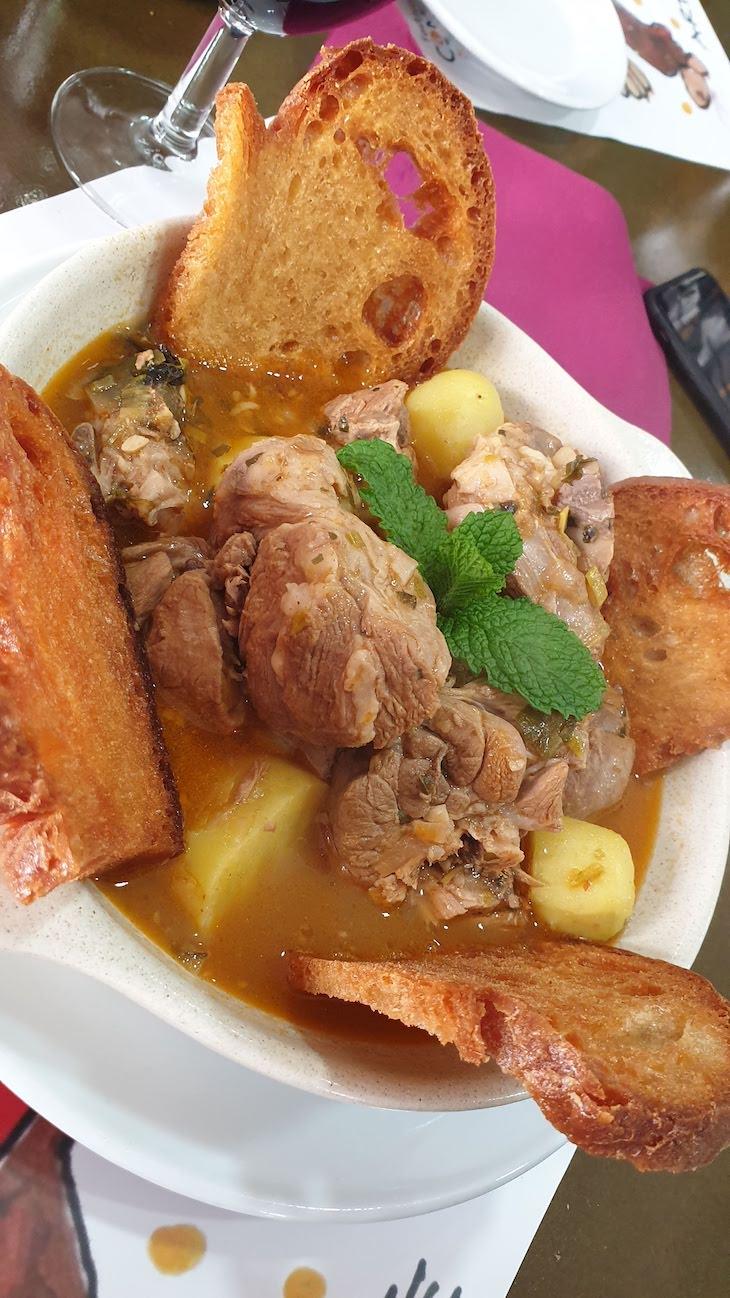 Ensopado de borrego no Restaurante Camané - Alcoutim -Algarve - Portugal © Viaje Comigo
