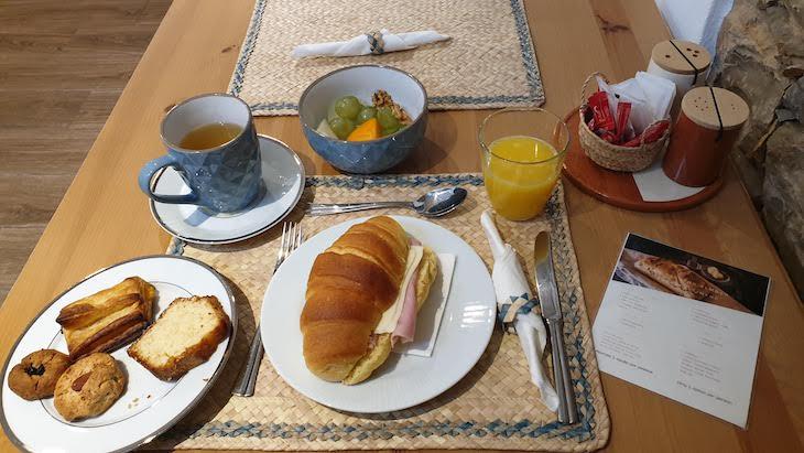 Pequeno-almoço na Loulé Coreto Guesthouse - Loulé - Algarve © Viaje Comigo