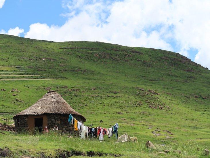 Casa na zona rural do Lesoto © Viaje Comigo