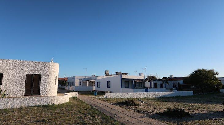 Hangares - Ilha da Culatra - Algarve - Portugal © Viaje Comigo