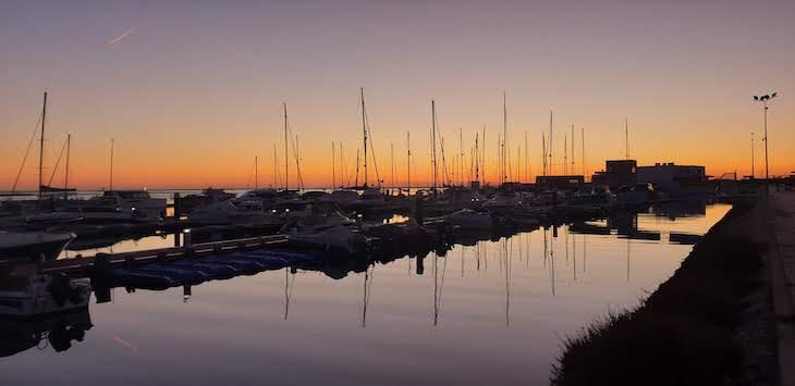 Pôr do Sol no Porto de Olhão - Algarve © Viaje Comigo
