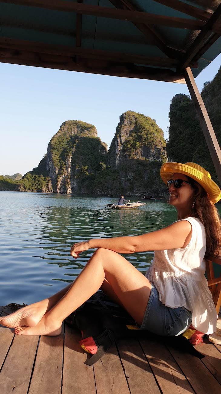 Susana Ribeiro em Vung Vieng -Baia de Ha Long - Halong Bay - Vietname © Viaje Comigo