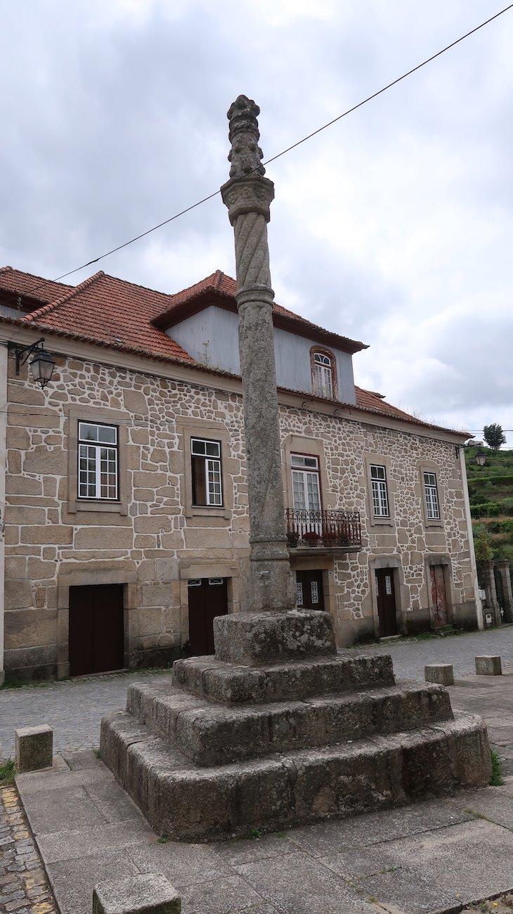 Pelourinho de Avô - Oliveira do Hospital - Coimbra © Viaje Comigo