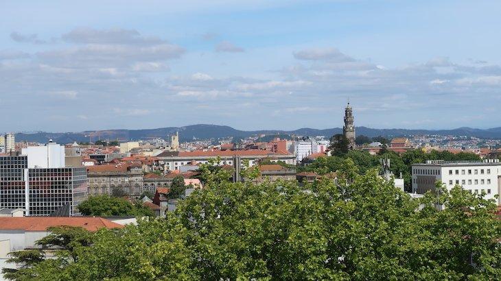 Torre dos Clérigos - Porto 360 Palácio de Cristal - Porto © Viaje Comigo