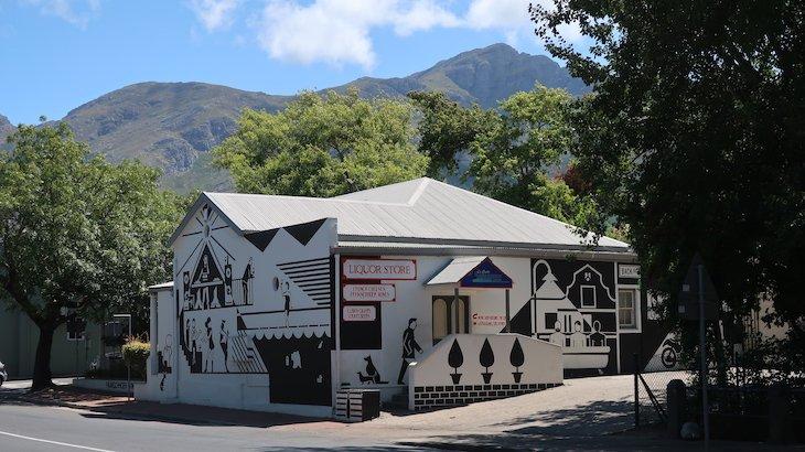 Liquor Store Franschhoek - África do Sul © Viaje Comigo