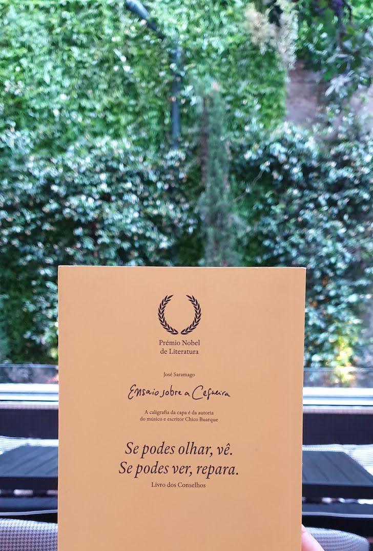 """Livro """"Ensaio Sobre a Cegueira"""", Restaurante Blind - Torel Palace Porto © Viaje Comigo"""