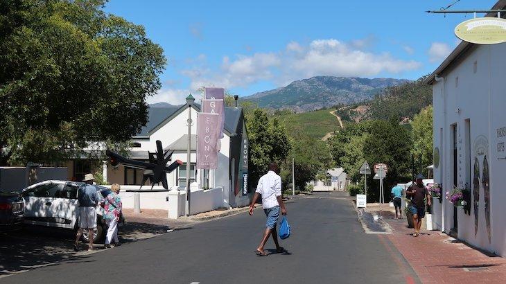 Rua principal de Franschhoek - África do Sul © Viaje Comigo
