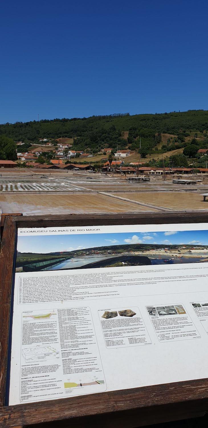 Informações nas Salinas de Rio Maior - Portugal © Viaje Comigo